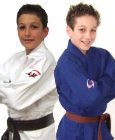 Gill Sports pakket junior competition blauw en wit, het semi-wedstrijd judopak voor de jeugd