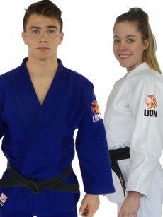 judopak pakket Lion 750 Authentic wit en judopak Lion 750 Authentic wit en blauw