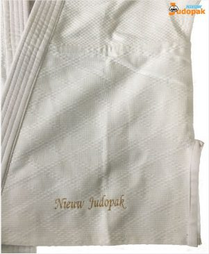 onderkant judojas borduren