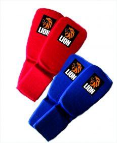 complete set Lion scheen-/wreefbeschermers blauw en rood